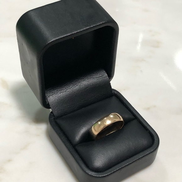 Other - 14k solid gold band ring